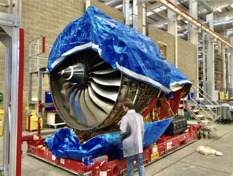 UltraFit™ Jet Engine Bag